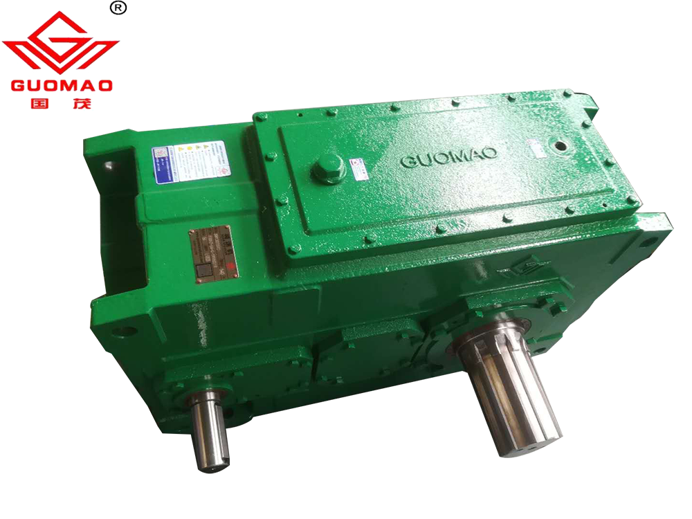 PV系列平行垂直轴齿轮箱减速机